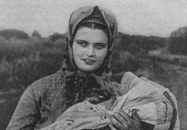 Эмма Цесарская актер